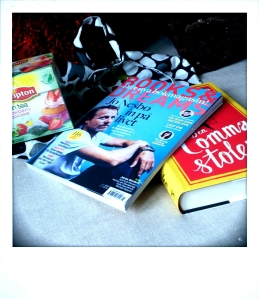 Mag, bag, tea and book